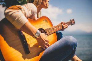 【2019年版】大人の楽器・音楽教室5社を徹底比較